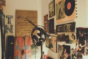 home-recording-studio-mic-headphones
