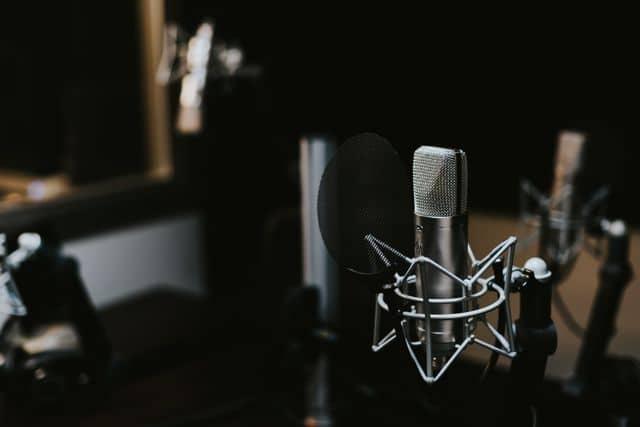 Microphone, home-recording-studio.