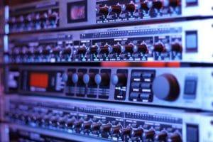 mixing-studio-gear