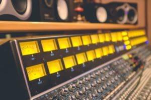 mixing desk, online audio mixing,