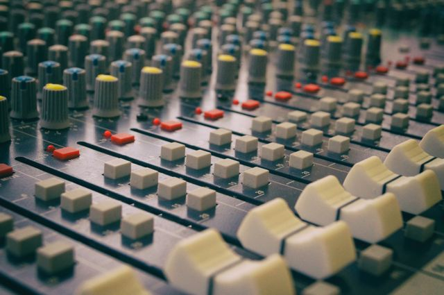 mixing noise gate